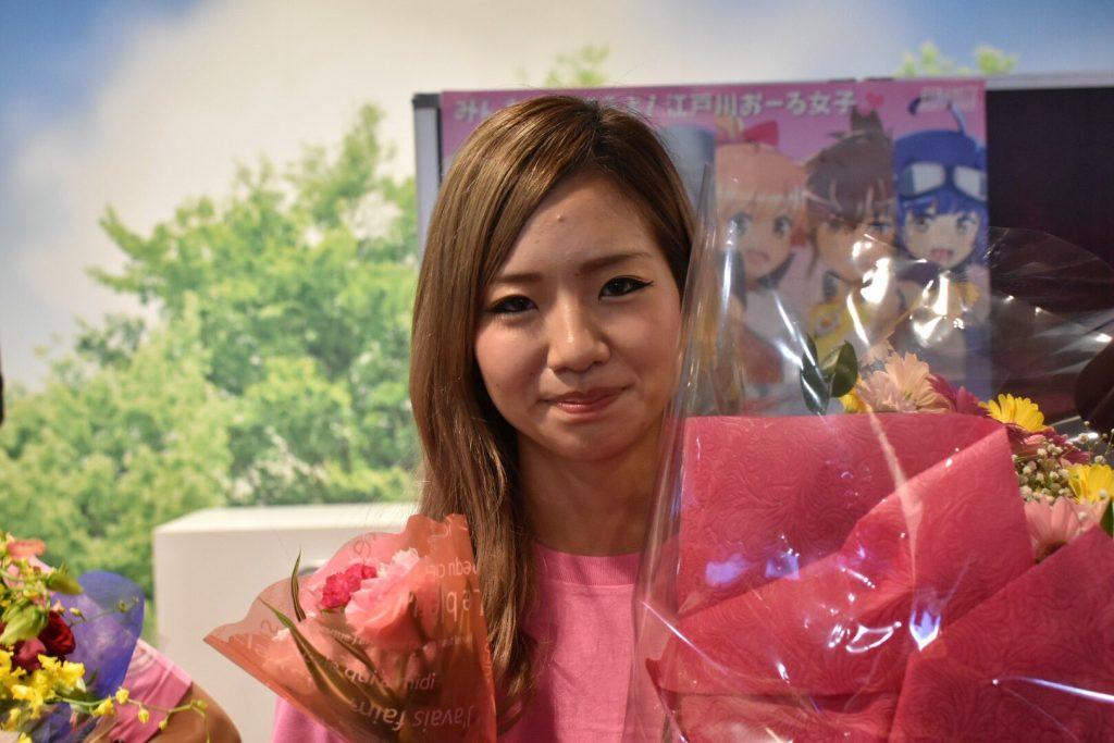 富樫麗加(とがしれいか)の花束写真